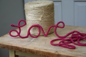 yarn love1 300x199 Easy Valentines Day Craft: Yarn Love%catagory
