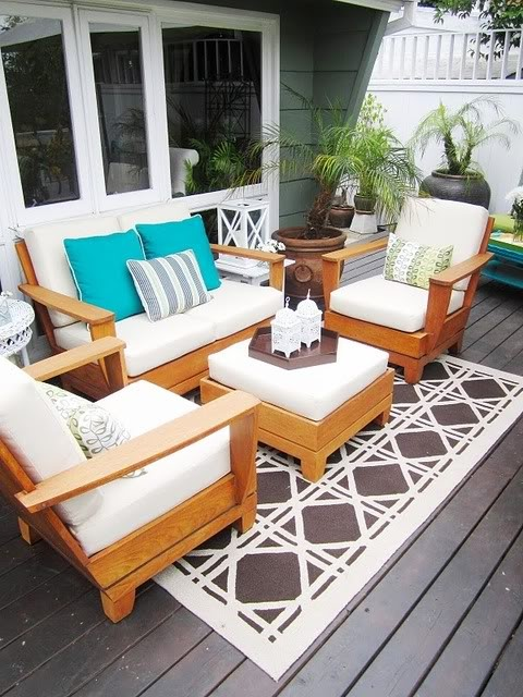 4 porch decorating ideas that are budget friendly deal for Deck decorating ideas on a budget