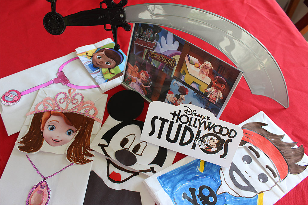 4 Disney Junior hand puppets