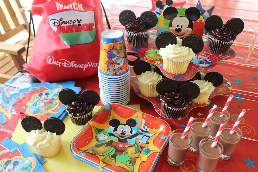 New 5 Mickey Mouse Party Ideas: Decorations, Recipes, Crafts & Games  @HI01