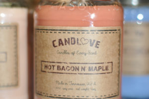 soy-jar-candle-hot-bacon-maple