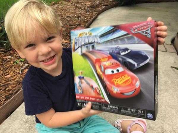 Cars 3 Piston Cup Showdown: Toy Review