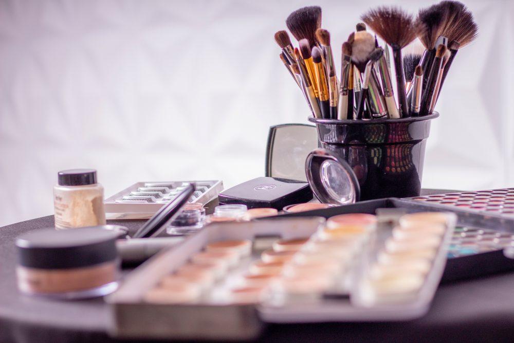 Makeup Freebies – Makeup & Beauty Products Every Mom Deserves