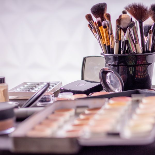 Makeup Freebies – Makeup & Beauty Products Every Mom Deserves