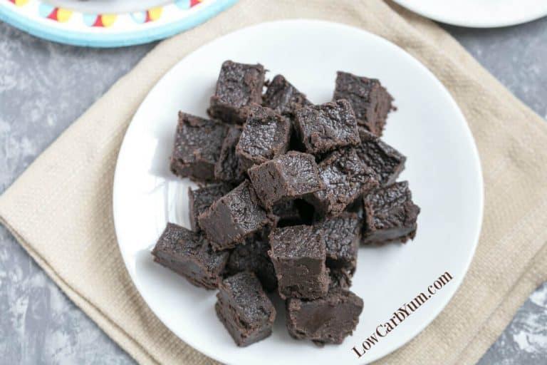 cream-cheese-dark-chocolate-keto-fudge-f-768x512